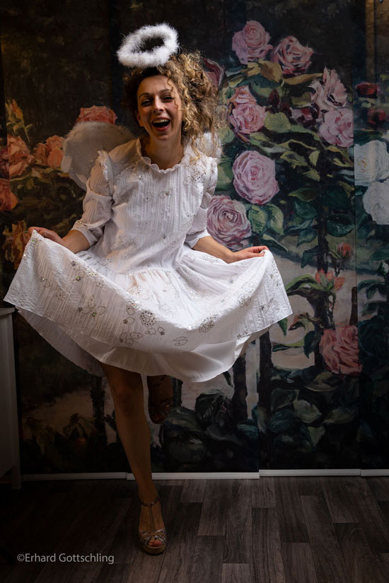 Luftig weißes Kleid, Foto: Erhard Gottschling